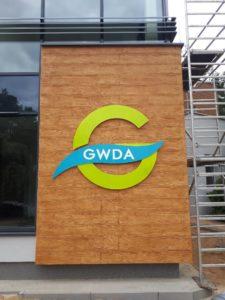 Litery i logo 3D bez podświetlenia: GWDA
