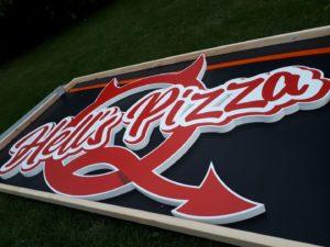 Litery i logo 3D bez podświetlenia: Hell's Pizza