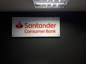 Litery i logo 3D bez podświetlenia: Santander Consumer Bank