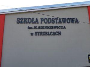 Litery i logo 3D bez podświetlenia: Szkoła Podstawowa w Strzelcach