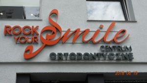 Reklama świetlna – Litery i logo 3D podświetlane LED: Rock Your Smile