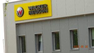 Reklama świetlna – Litery i logo 3D podświetlane LED: Wacker Neuson